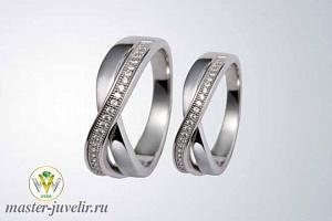 d9b4586ae1ab Обручальные кольца из белого золота Бесконечность с бриллиантами